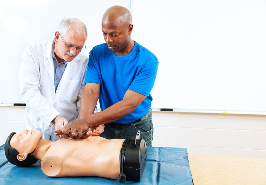 Are You Certified To Be A Cpr Instructor Surefire Cpr